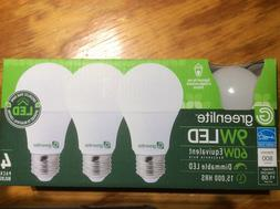 4 LED Light Bulbs GREENLITE 60Watt Equivalent Soft White  A1