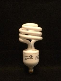 4 Pack 13W = 60W  E12 Candelabra Base Bright White CFL LIGHT