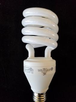 New GE compact fluorescent 3-Way light bulb 12/23/29W